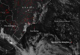 ¿Un incendio en medio del océano Atlántico?