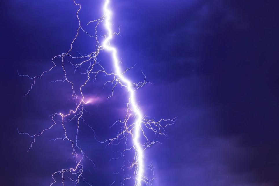 Pirineos y el Sistema Ibérico son los enclaves en los que más tormentas se registran en la Península.