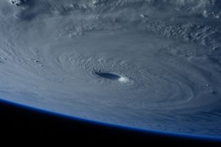 Un ciclón tropical de 1842 en las cercanías de la península Ibérica con similares características a Vince de 2005