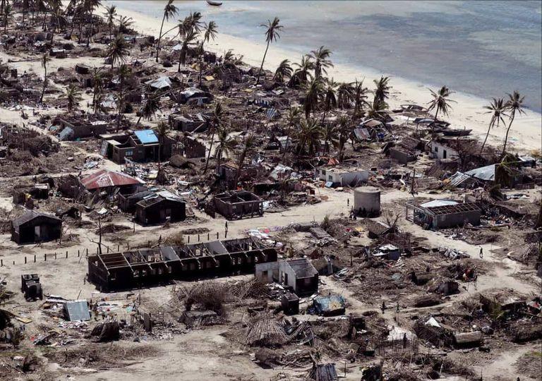 Desastres naturais que assediaram 2020 custaram caro.