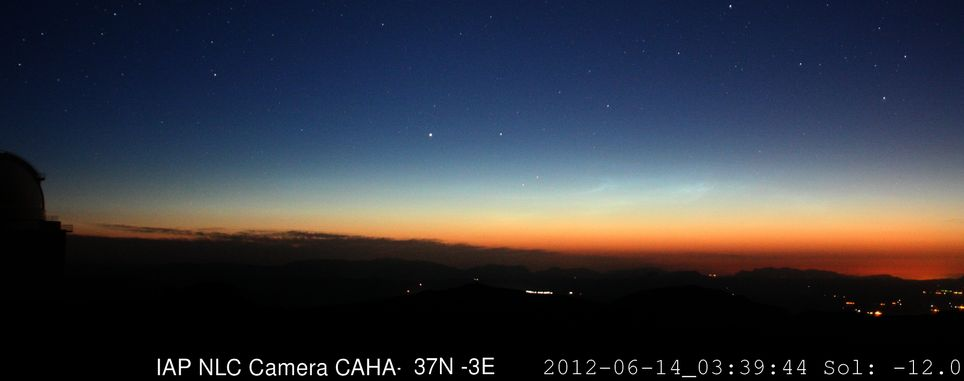 Nubes noctilucentes observadas desde Calar Alto el 14 de junio de 2012