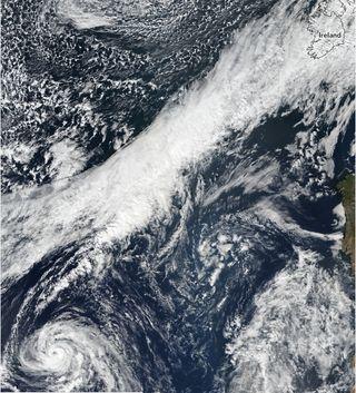 El huracán Ophelia y sus rarezas