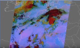 ¿Cómo identificar humedad en niveles bajos utilizando productos satelitales?