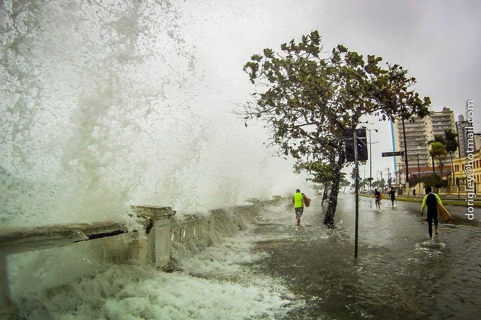 Santos é uma das principais cidades do litoral paulista a sofrer como o aumento do nível do mar.