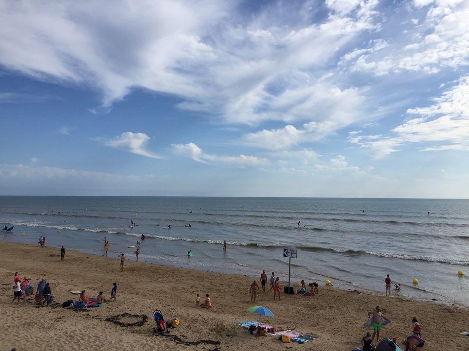 Les vacanciers de la fin août vont renouer avec des conditions météo plus estivales en toutes régions.