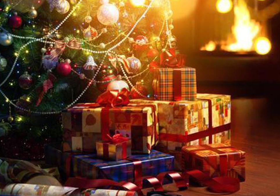 Papá Noel Navidad Nochebuena regalos trineos