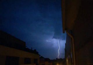 Unwetter über Portugal: Unruhige Nächte in Südeuropa!