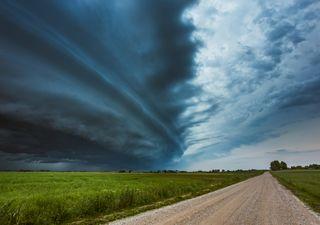 Abril llegará con lluvias, tormentas y fuertes vientos del sur