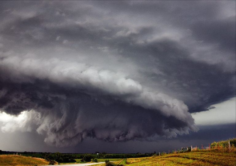 Aerossóis podem intensificar tempestades.