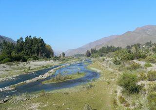 Agua, la otra crisis: ¿Cuáles son las 104 comunas en escasez hídrica?
