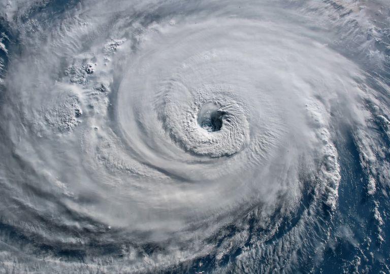 Tres huracanes: Dougla, Hanna y Gonzalo