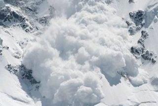 Al menos 10 personas muertas por avalanchas en los Alpes