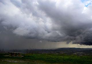 Alerta de chuvas volumosas para os estados MS, PR, SC e SP