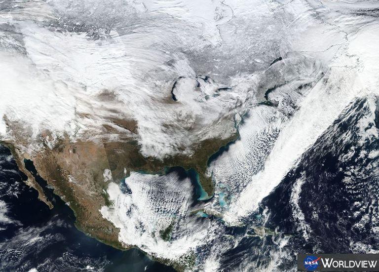 Imagen de satélite NASA-NOAA enero 7 de 2017