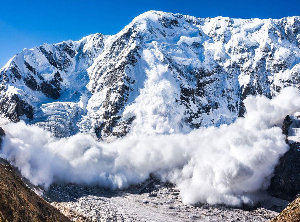 Alud de nieve reciente