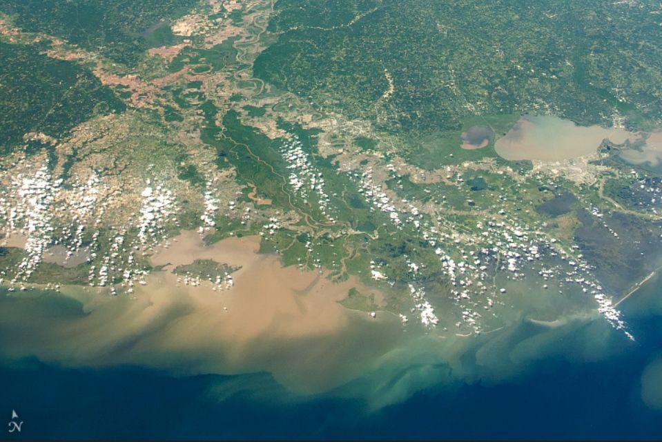 Vista del delta del río Misisipi desde la EEI