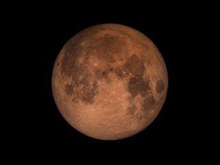 Aprendiendo de los eclipses de Luna