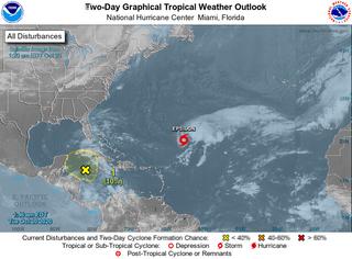 Atlántico y Caribe activos: tormenta tropical Epsilon y baja caribeña