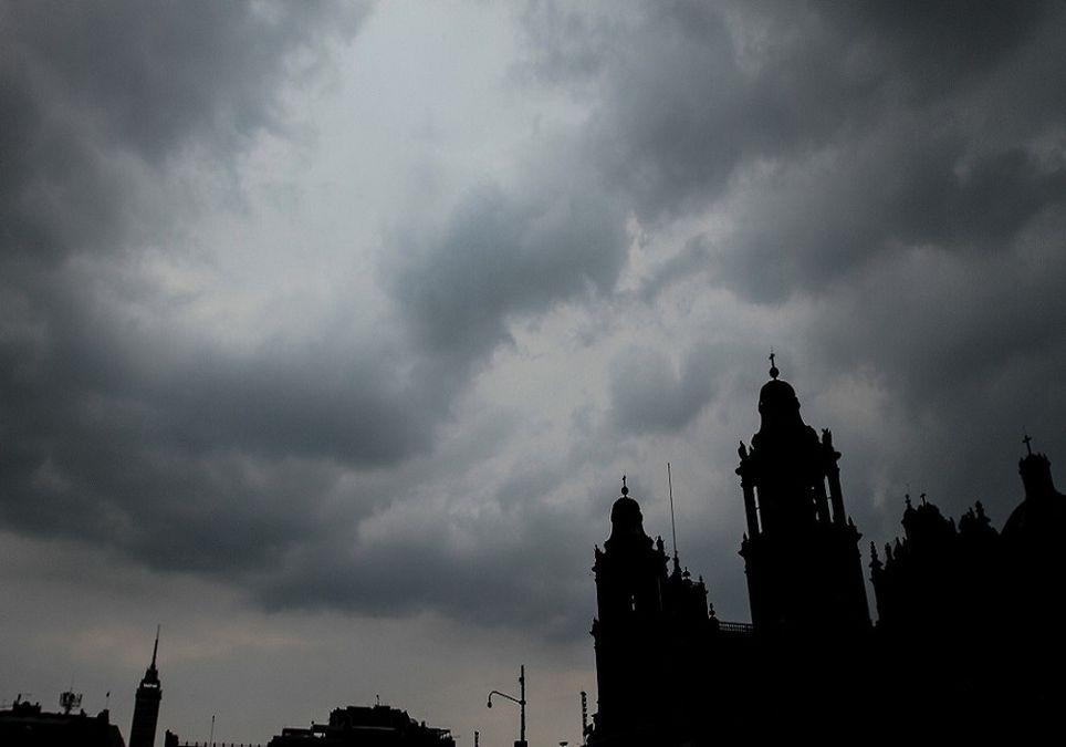 Aumenta potencial de lluvia en CDMX