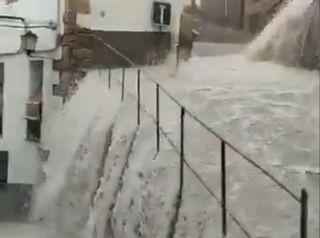 Forti temporali spazzano la Spagna alla vigilia del solstizio d'estate