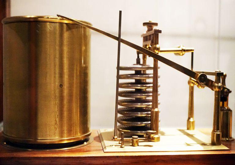 El barógrafo es el aparato utilizado para registrar las variaciones de la presión atmosférica,