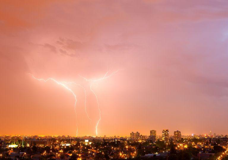 Tormenta eléctrica sobre Santiago