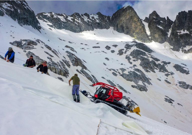 Glaciar Presena Italia lona Cambio climático Hielo