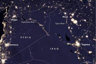 Cambio de luces nocturnas en el Medio Oriente