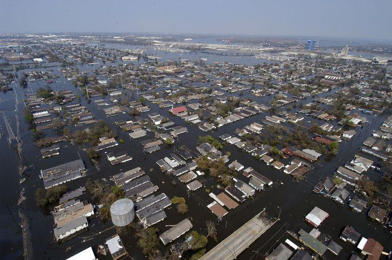 Deux ans après des inondations catastrophiques, l'est du Canada est à nouveau touché par des intempéries.