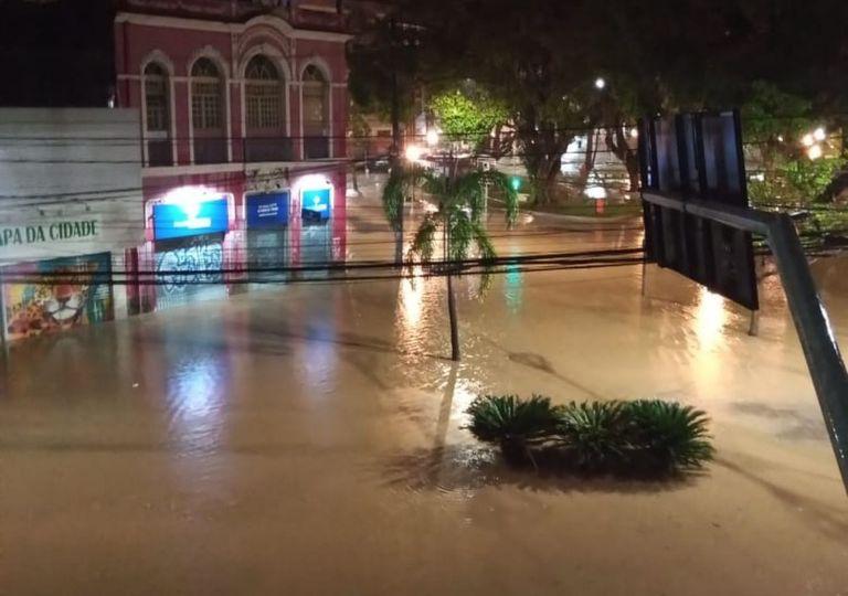 chuva no ES