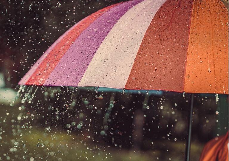 De acuerdo con promedios climatológicos, la temporada de lluvias en México inicia cada 15 de mayo y concluye el 30 de noviembre.