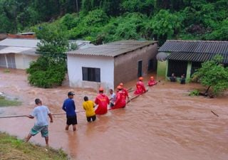 Chuva arrasa Corumbá, que deve decretar estado de emergência