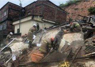 Chuvas isolam moradores em construções condenadas durante a quarentena
