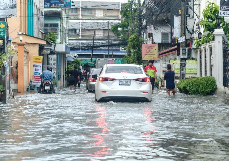 Alerta de tempo severo, alagamentos, inundações e deslizamentos