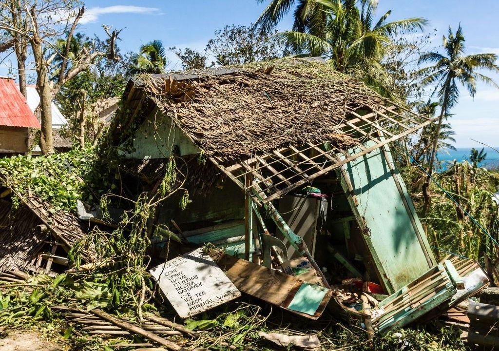 Impactos no litoral durante a passagem de ciclone tropical