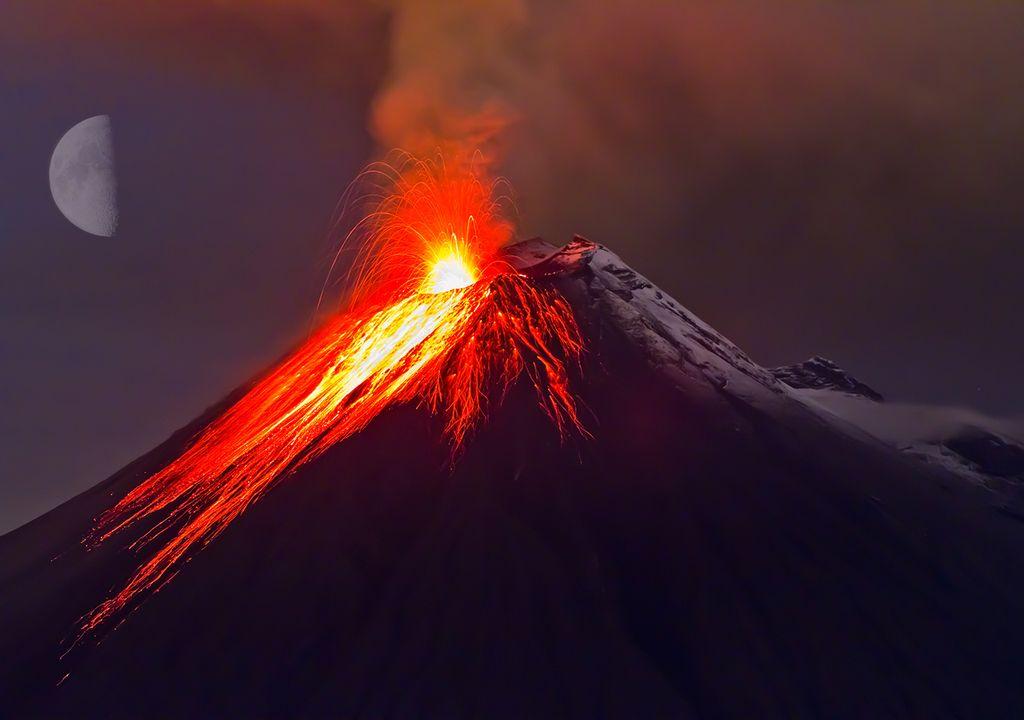 Los Volcanes y las fases de la Luna
