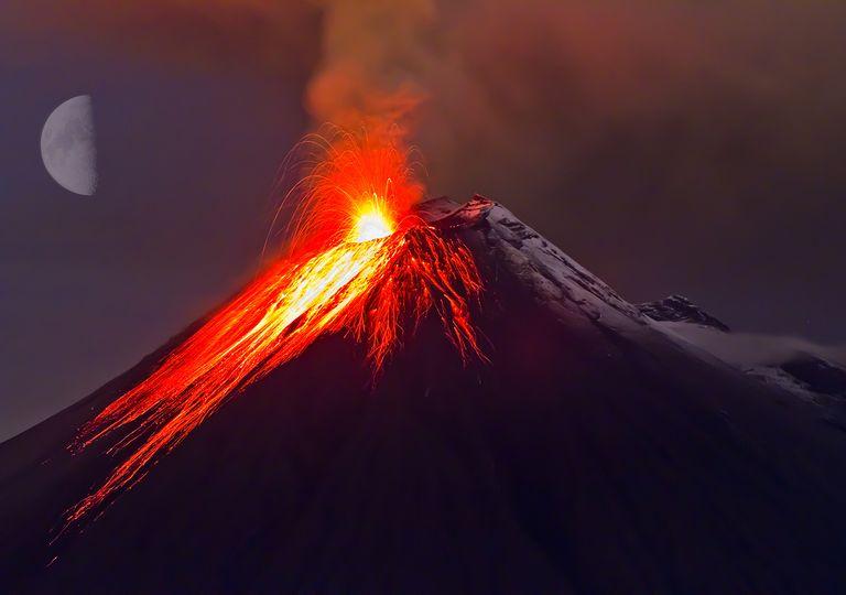 Vulcani e fasi lunari