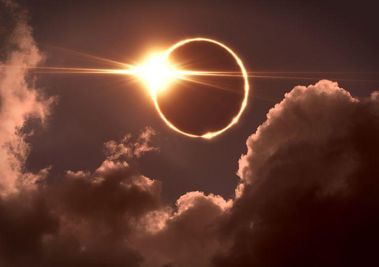 Anillo de fuego en eclipse anular