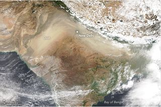 Contaminación del polvo peligrosa antes del monzón