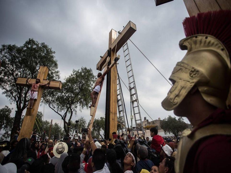 Durante la Semana Santa se realiza el Vía Crucis en la Alcaldía Iztapalapa.