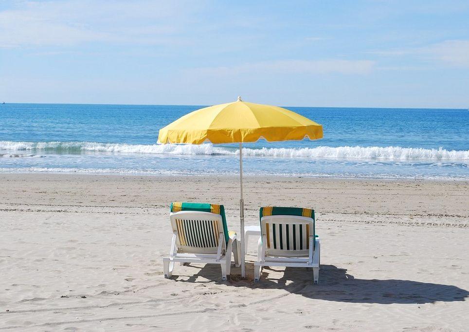 sole-spiaggia-mare-raggiUV
