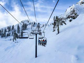 COVID-19 : une fin de piste pour les stations de ski !