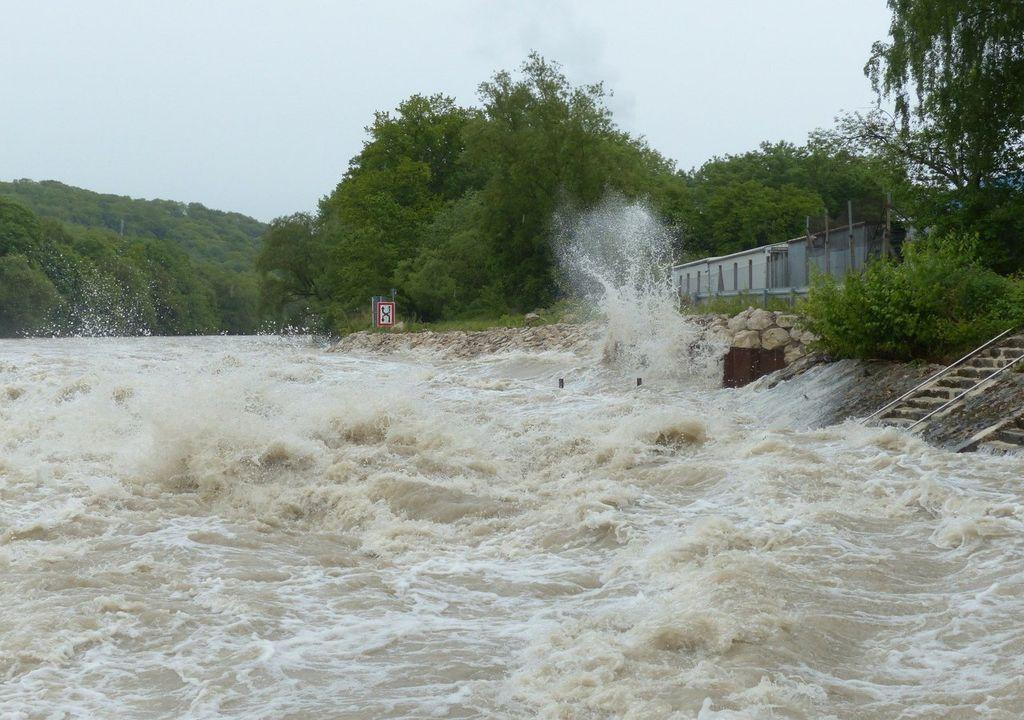 Les risques pour la santé sont nombreux après des inondations.