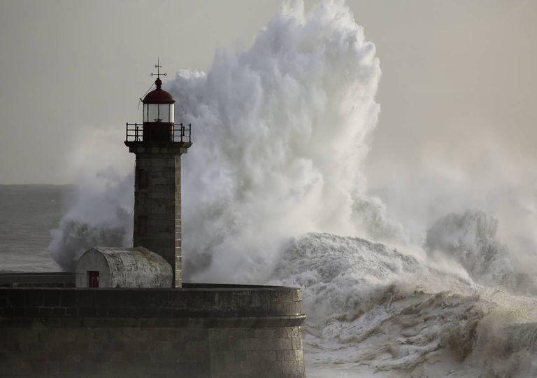 Agitação marítima forte