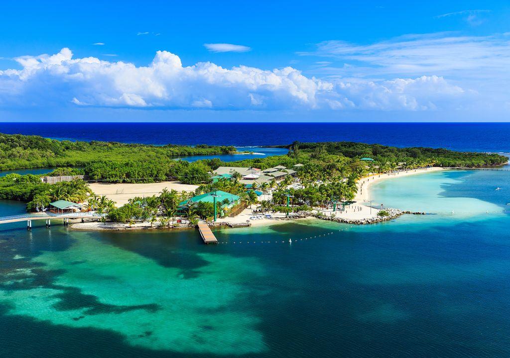 Complejo turístico en la isla de Roatán, islas de la Bahía, Honduras.