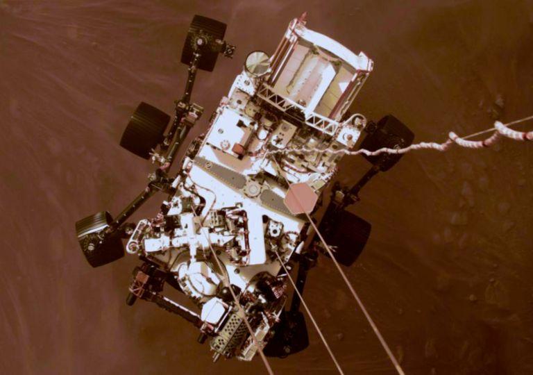 Perseverance envia primeiras imagens em cor de Marte