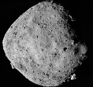 Docenas de cohetes para evitar la colisión del asteroide Bennu