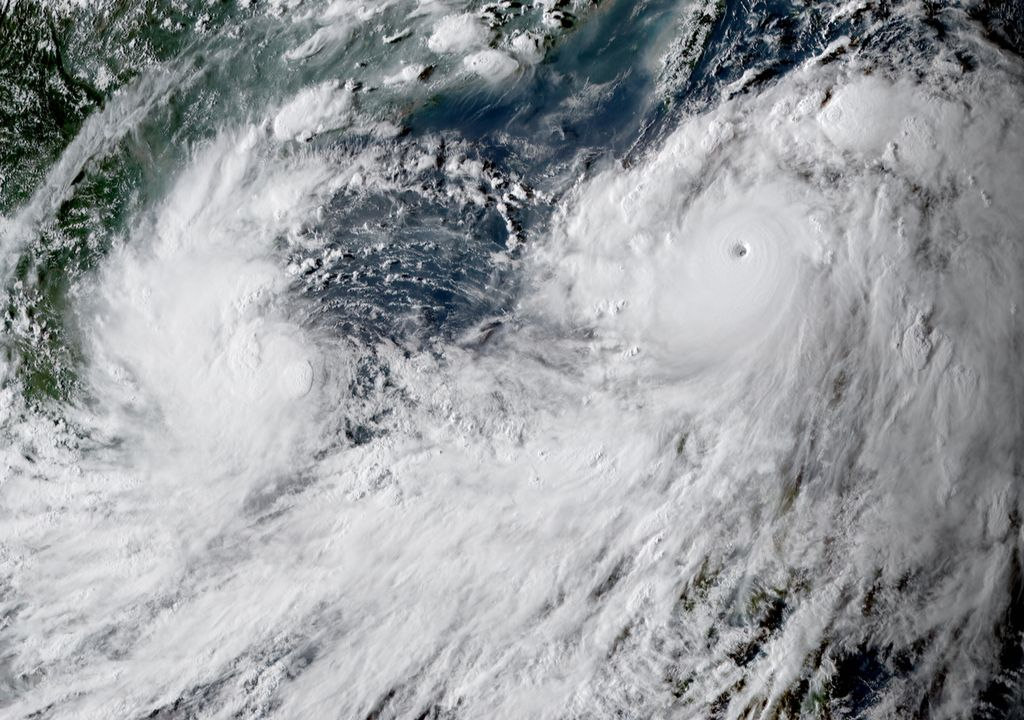 Tufões Conson e Chanthu