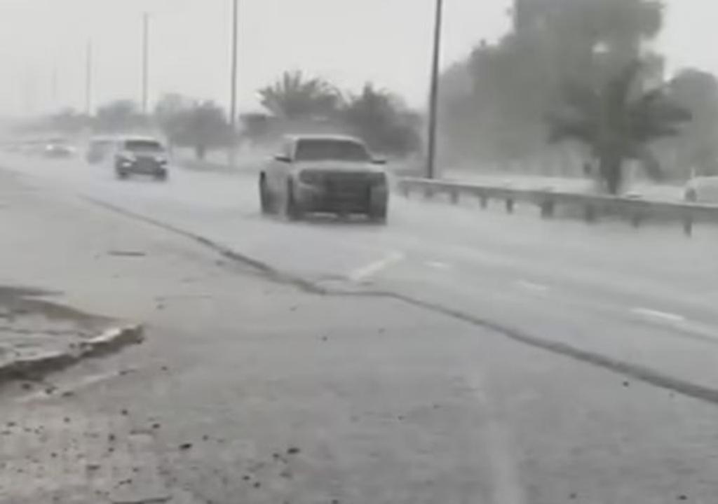 Lluvia en Dubai
