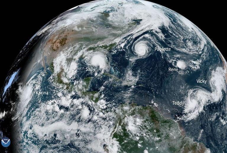 Huracanes y tormentas tropicales en el Atlántico
